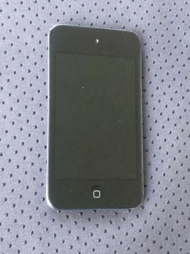 Good condition iPod touch 4th Generation - Black MB528LL